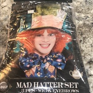 Mad hatter wig with eyebrows